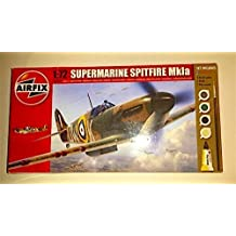 Airfix Plastic Models Kits A68206M Supermarine Spitfire Mkla 1:72 Military Aircraft Small Starter Plastic Model Gift Set