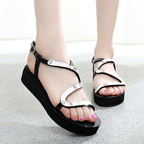 Mujeres Señoras Sandalias Sandalias planas del verano Zapatos del estudiante de la manera Zapatos antideslizantes para el oro / siliver Cómodo ( Color : La Plata , Tamaño : 38 ) La Plata
