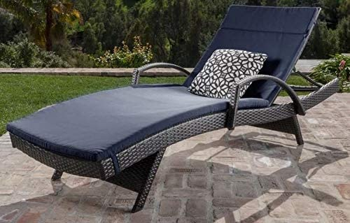 Fantastic Amazon Com Lounge Chairs For Pool Area Tanning Chairs For Ocoug Best Dining Table And Chair Ideas Images Ocougorg