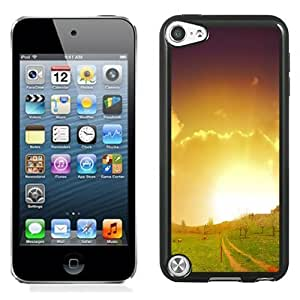 Beautiful Custom Designed Cover Case For iPod Touch 5th With Farm Scenery Phone Case