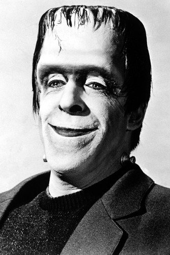 Fred Gwynne The Munsters Halloween 24X36 Poster]()