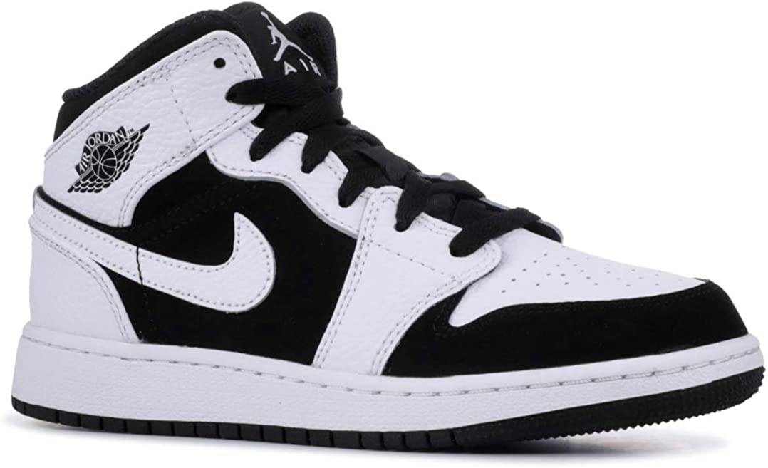 Amazon.com | AIR JORDAN 1 Mid (Gs) 'Tuxedo' - 554725-113 ...
