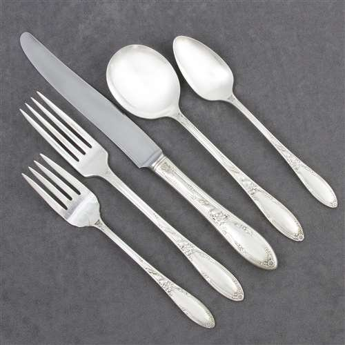 Chateau by Heirloom Plate, Silverplate 5-PC Setting w/ Round Bowl Soup Spoon
