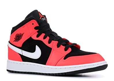 new style 31d1b 1ea93 Jordan Boy s Air Jordan 1 Mid (GS) Basketball Shoe, Black Infrared 23