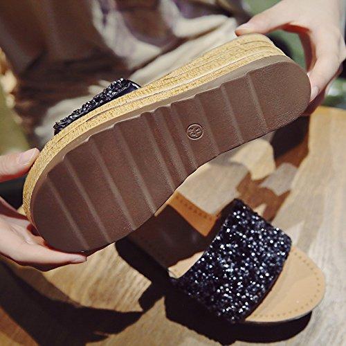 Coins Des Plein L'Été La Bas Air De HGTYU Portes Mode Sandales black Les Épaisses Une Pantoufles Une Traînée Match Des Femme 6OBxznw