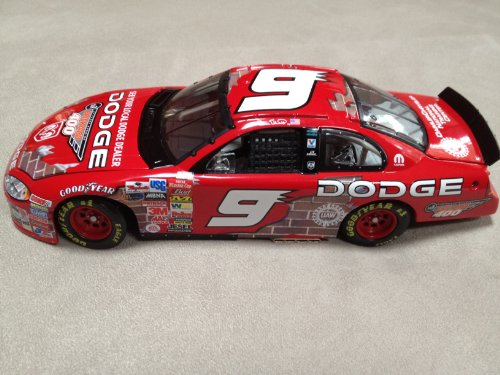 Nascar - Bill Elliot #9 - 2003 Dodge - 1:24 Scale Stock Car - Limited Edition 1 of 6,528 - 24 Scale Stock Car