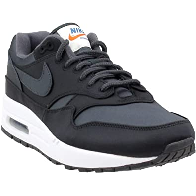 38b5b89446 Amazon.com | Nike Mens Air Max 1 SE Athletic & Sneakers Black | Athletic