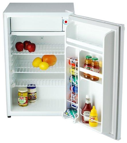 amazon com danby deluxe mini fridge with freezer 4 3cu ft small