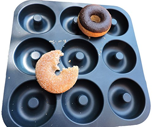 large professional grade non stick silicone donut pan makes 9 full size donuts bpa free oven. Black Bedroom Furniture Sets. Home Design Ideas