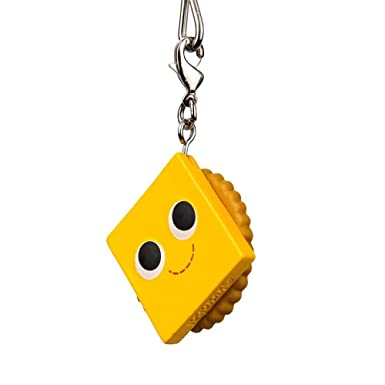 Amazon.com: Kidrobot Yummy mundo Snack Attack llavero y ...