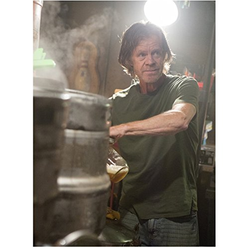 Shameless (TV Series 2011 - ) 8 inch x 10 inch Photo Young Male Cast Gathered Around William H. Macy in Green Tee Shirt w/Kegs of Beer kn