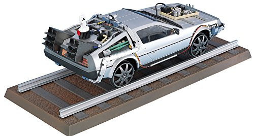 Aoshima Models Delorean from Back to the Future III Building Kit