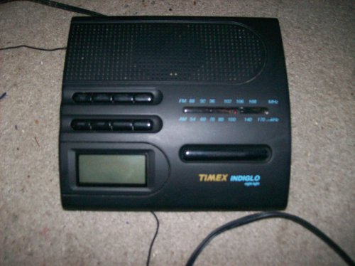 Timex Light Night Indiglo (Timex T422B AM/FM Alarm Clock w/ Indiglo Night Light)