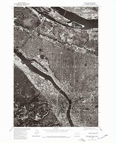 (YellowMaps Portland OR topo map, 1:24000 Scale, 7.5 X 7.5 Minute, Historical, 1975, Updated 1979, 27.2 x 22 in - Polypropylene)