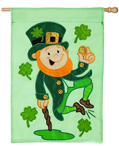 Evergreen Heel Clicking Leprechaun Applique House Flag, 29 x 43 inches