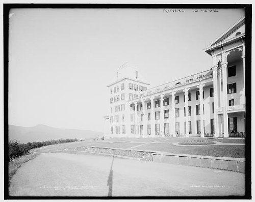 Photo: Left wing,Hotel Kaaterskill,resorts,streets,Catskill Mountains,New York,NY,1900