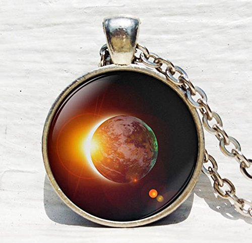 Solar Eclipse Necklace,Eclipse Key Chain, Space necklace, Galaxy Pendant,Earth Solar Eclipse, Outer Space Sun Jewelry (Solar Chain Supply)