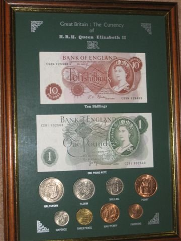 The Coinage of Great Britain Queen Elizabeth II Framed Coin/Banknote ...