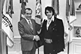 New 5X7 Photo: Elvis Presley & President Richard Nixon