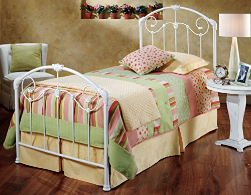 Hillsdale Furniture Maddie Bed Set - Twin - Rails not included Glossy White