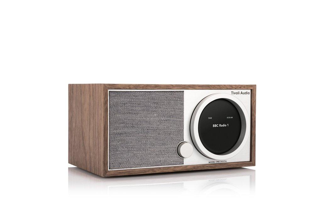 Tivoli Audio Model One bietet tollen Sound bei wertiger Verarbeitung in typisch dänischen Design.