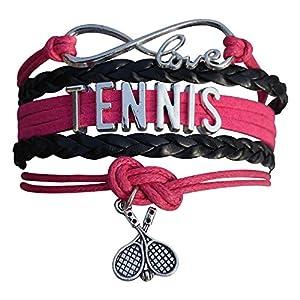 תכשיטי טניס - צמיד קסום עם תליון של מחבט טניס ייחודי לטניסאיות