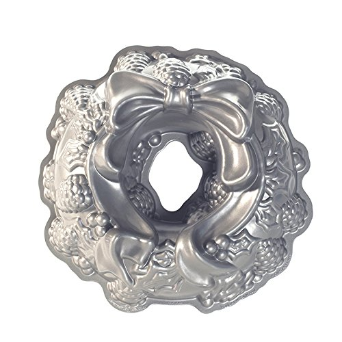 Nordic Ware Platinum Holiday Wreath Bundt Pan by Nordic Ware
