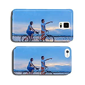 Young couple riding on the bicycle on the beach cell phone cover case iPhone6 Plus