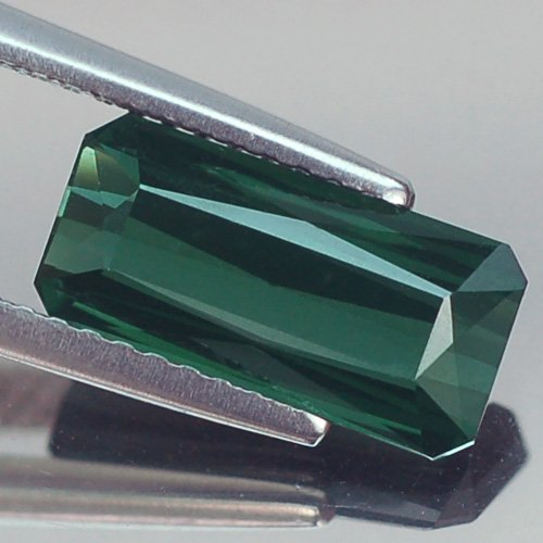 - 1.96ct Awesome Vvs Scissor Green Tourmaline Natural