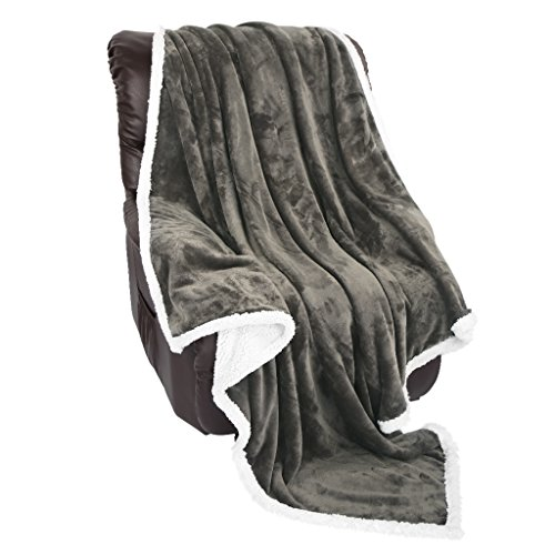 LANGRIA Sherpa Blanket Super Soft Warm Breathable Lightweight Reversible Bed or Couch Throw Fleece Blanket Eco-Friendly Easy Care for Winter (60 x 80 inches Twin Size, Dark Brown)