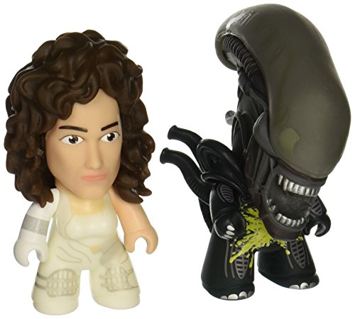 """Titan Merchandise Alien Titans: Pre-Suit Ripley & Acid Alien 3"""" Vinyl Figure (2 Pack)"""