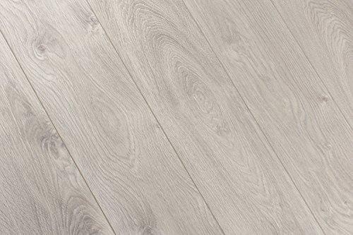 Kronoswiss Swiss SyncChrome Interlaken Oak 8mm Laminate Flooring D4202CP SAMPLE