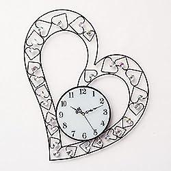 Creative Iron Heart-shaped wall clock Creative Quartz clock decoration Wall clock bedroom Mute Pocket watch Crafts