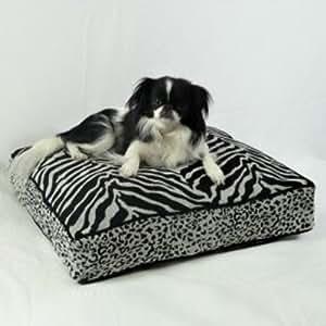 Snoozer Safari Collection Luxury Rectangular Pillow Bed, Medium, Black/White