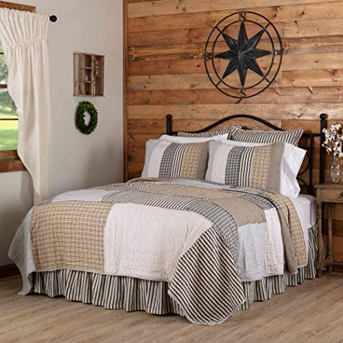 VHC Brands Ashmont Bedding Accessory, King Quilt 110×97, Vintage White