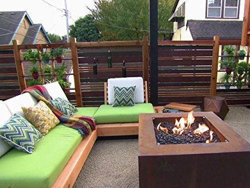 Kansas City Outdoor Room (Crashers Backyard)