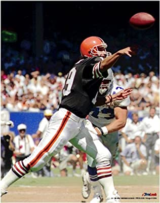 Bernie Kosar Cleveland Browns Unsigned Licensed Football Photo