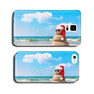 Christmas snowman in santa hat at sandy beach cell phone cover case iPhone6