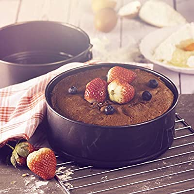 Oven Safe 0.35mm Thick Non-Stick Quick-Release Quality Bakeware Tins for Soft Sponge Cakes Cheesecakes /& Fruitcakes PFOA Royalford 3 Pcs Springform Cake Tins with Loose Base PTFE /& BPA Free
