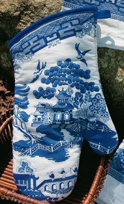 Kay Dee Designs Blue Willow Oven Mitt by Kay Dee