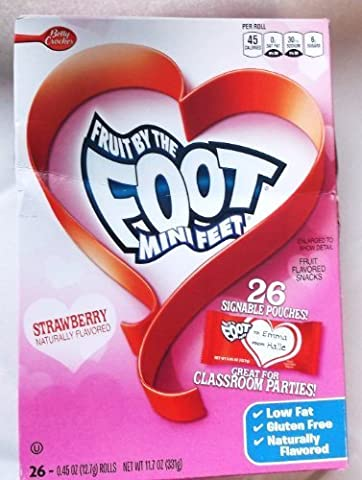 Fruit By the Foot Mini Feet Strawberry Valentine Rolls Fruit Flavored Snacks by Betty Crocker