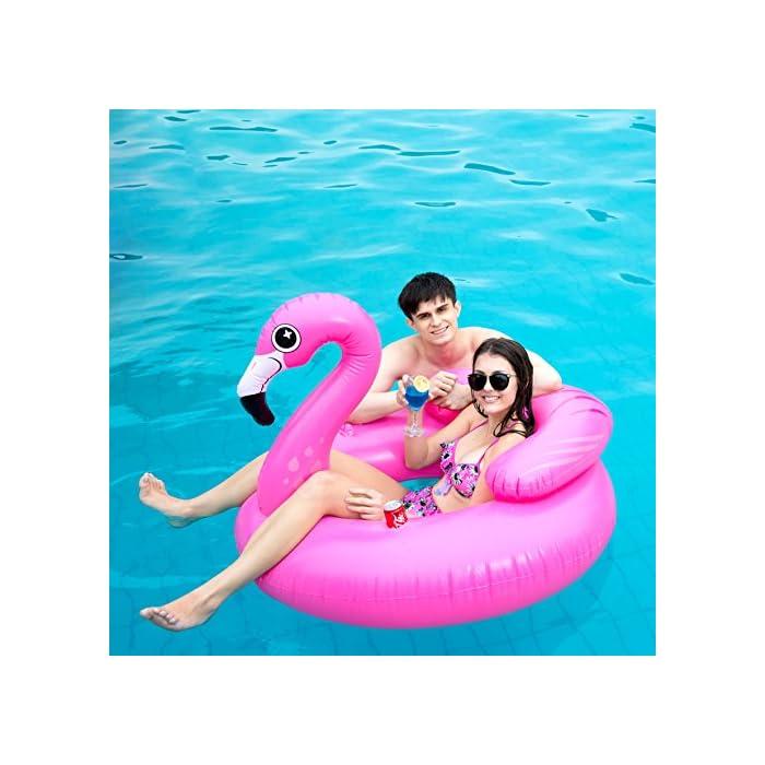 """Adorable flamenco inflado con diámetro 45 """"de JOYIN, ¡Salón de la piscina de diseño único! Dimensión inflada: 45"""" x 50 """"x 39"""". Este colchoneta hinchable hay 2 portavasos y reposacabezas. El diseño exclusivo de la almohada, se puede sentir más comodidad y relajación. Diseño nuevo y premium: un flamenco rosado tropical con dos portavasos y ojos lindos y centelleantes."""