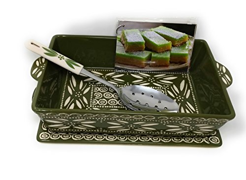 Temp-tations Baker Carved Old World 2.5 Qt 11 inchx7 inch Casserole Dish w/ Tray, Server & Recipe Cards (Old World Green)