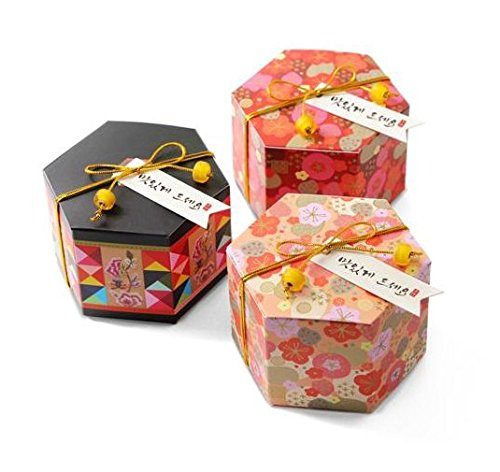 Gourmet Favor (Astra Gourmet 15 PCS Japanese Style Flower Pattern Small Candy Gift Boxes Wedding Party Favor(Tag and String Not Included), Three Assorted Pattern)