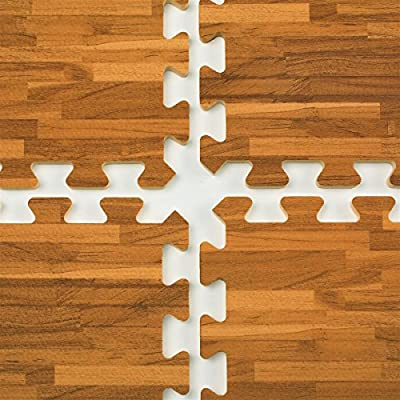 Displays2go Interlocking Floor Mats with Wood-grain Pattern, 10 x 10 Floor Covering, EVA Foam Anti-Fatigue Surface Perfect for Trade Show Booths (TSFM10DOV2)
