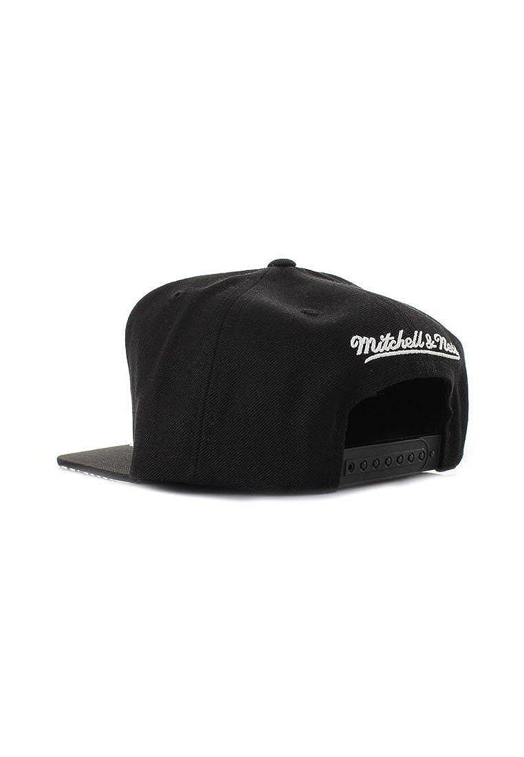 Mitchell   Ness NBA Chicago Bulls Gtech Black EU850 Snapback Cap Kappe  Basecap  Amazon.co.uk  Clothing e23ccd0c5d5c