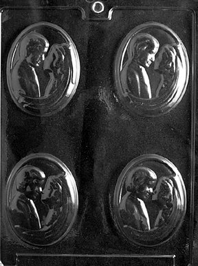 Bride And Groom Candy Molds - Cybrtrayd W031 Bride and Groom Medalion Wedding Chocolate Candy Mold