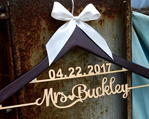 Rustic wood date and name lettering wedding dress hanger, bridemaid dressing hanger, personalized bridal gift LL009