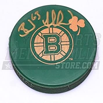 Brad marchand boston bruins signed green st patricks day irish brad marchand boston bruins signed green st patricks day irish bruins logo puck voltagebd Image collections