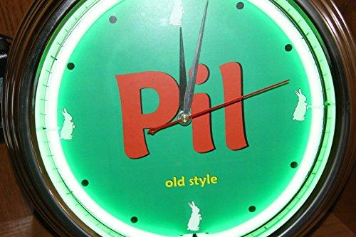 pilsner-old-style-neon-clock